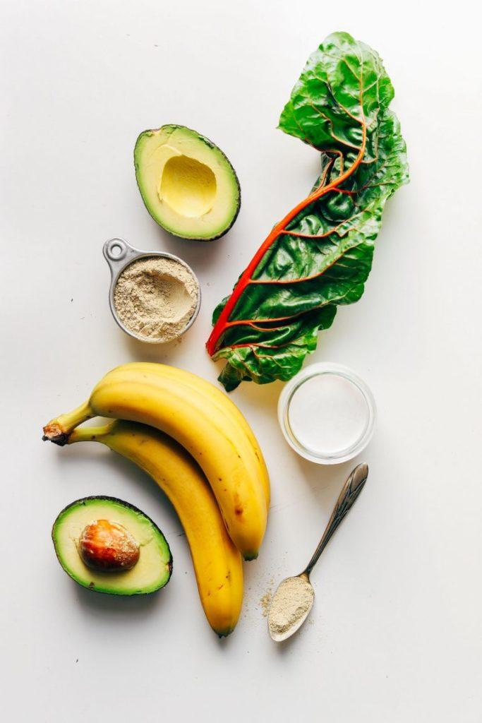 Кремовый Зеленый Смузи с Авокадо и Бананами