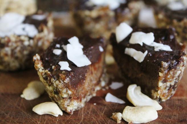 Карамельно-Шоколадные Тарталетки с Кокосом