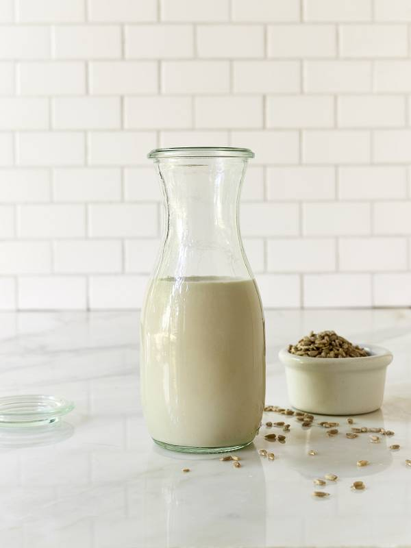 Молоко из Семян Подсолнечника