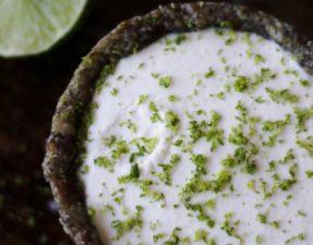 Пирог с Кокосово-Лаймовым Кремом