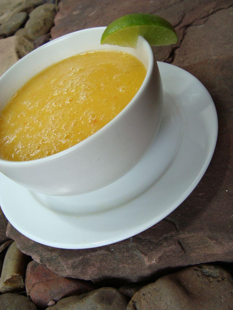 Пряный Суп из Манго