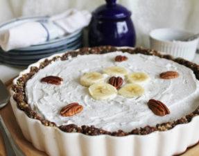 Шоколадно-Банановый Пирог со Взбитыми Сливками