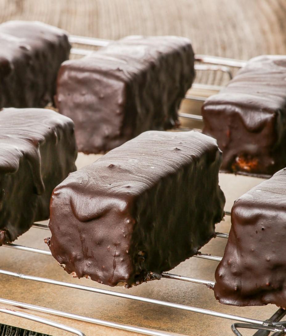 Кокосовые Батончики под Шоколадной Глазурью