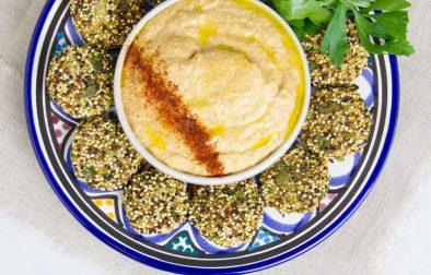Фалафель из Киноа с Овощным Хумусом