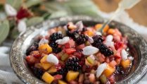 Сыроедческий Фруктовый Салат с Цветками Фейхоа