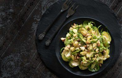 Сыроедческий Салат из Брюссельской Капусты и Яблок