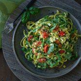 Сыроедческий Салат с Руколой и Кукурузой