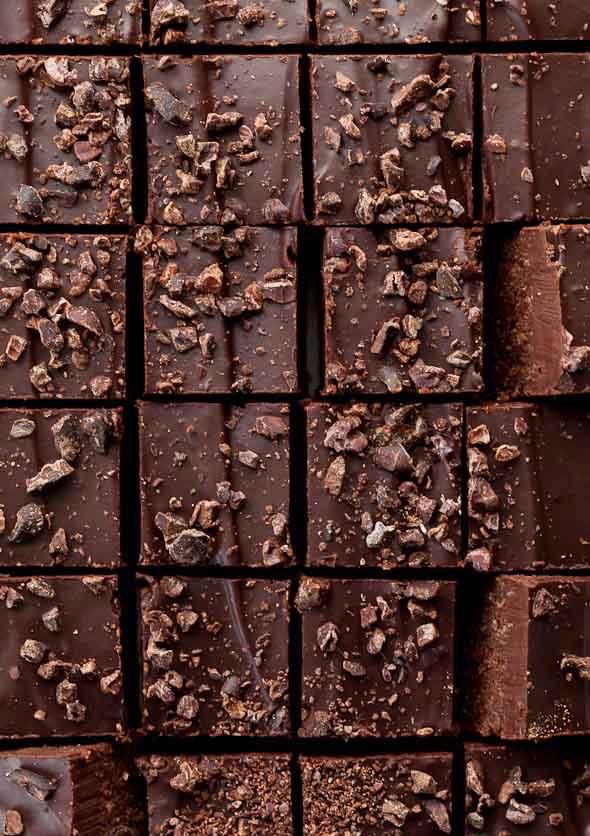 Двухслойный Сыроедческий Шоколадный Фадж