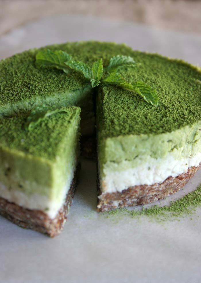 Сыроедческий Мини-Торт с Мятой и Матча