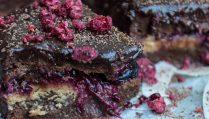 Сыроедческие Шоколадные Пирожные с Ягодами