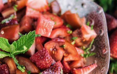 Сыроедческий Десертный Салат с Томатами