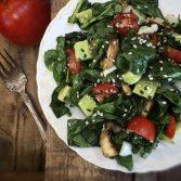 Сыроедческий Салат с Мятым Шпинатом
