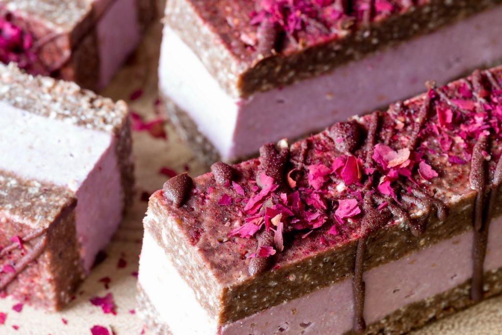 Сыроедческие Малиново-Шоколадные Пирожные