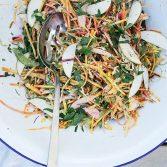 Сыроедческий Салат с Капустой и Корнеплодами