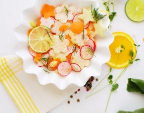 Сыроедческий Салат из Кольраби