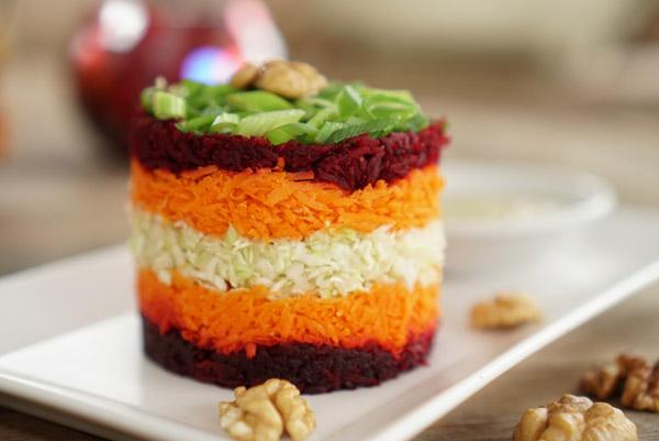 Сыроедческий Слоеный Свекольно-Морковный Салат