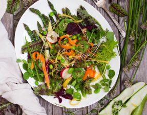 Сыроедческий Весенний Салат
