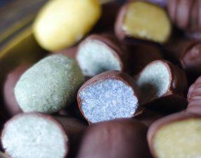 Сыроедческие Пасхальные Яйца в Шоколаде