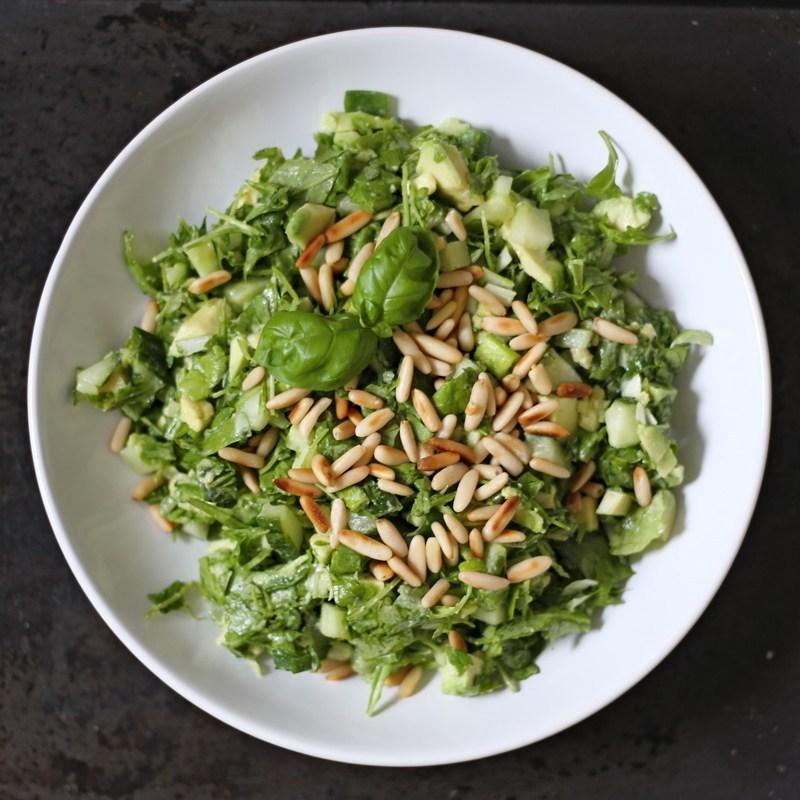 Сыроедческий Рубленный Салат из Зелени